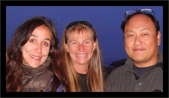 Gabriela Cowperthwaite, Ingrid Visser & Manny Oteyza (photo: Voice of the Orcas)